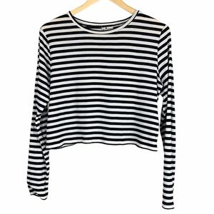H&M Divided Black White Crop Long Sleeve Top -397